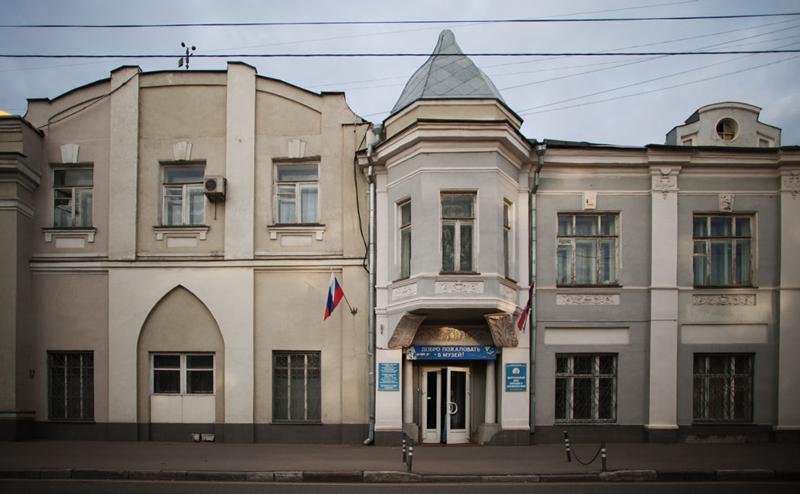 Экскурсии по Москве. Экскурсия в Петровский парк.