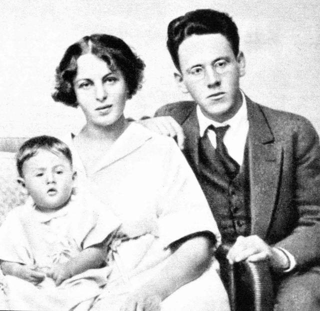 Самуил Маршак с женой Софией и дочерью Натанаэль