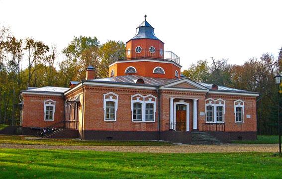 Дом Толстого в Брянской области, где писатель провел последние годы