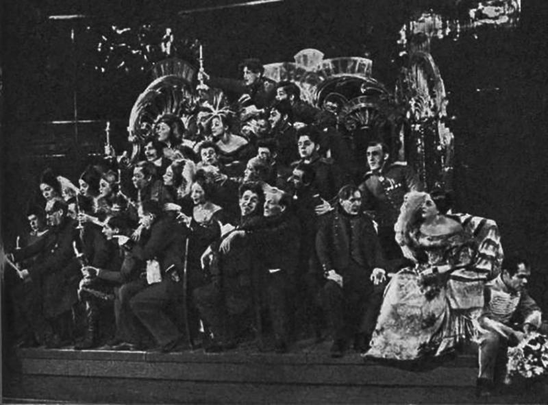 Зинаида Райх в роли Софьи в спектакле «Горе уму»