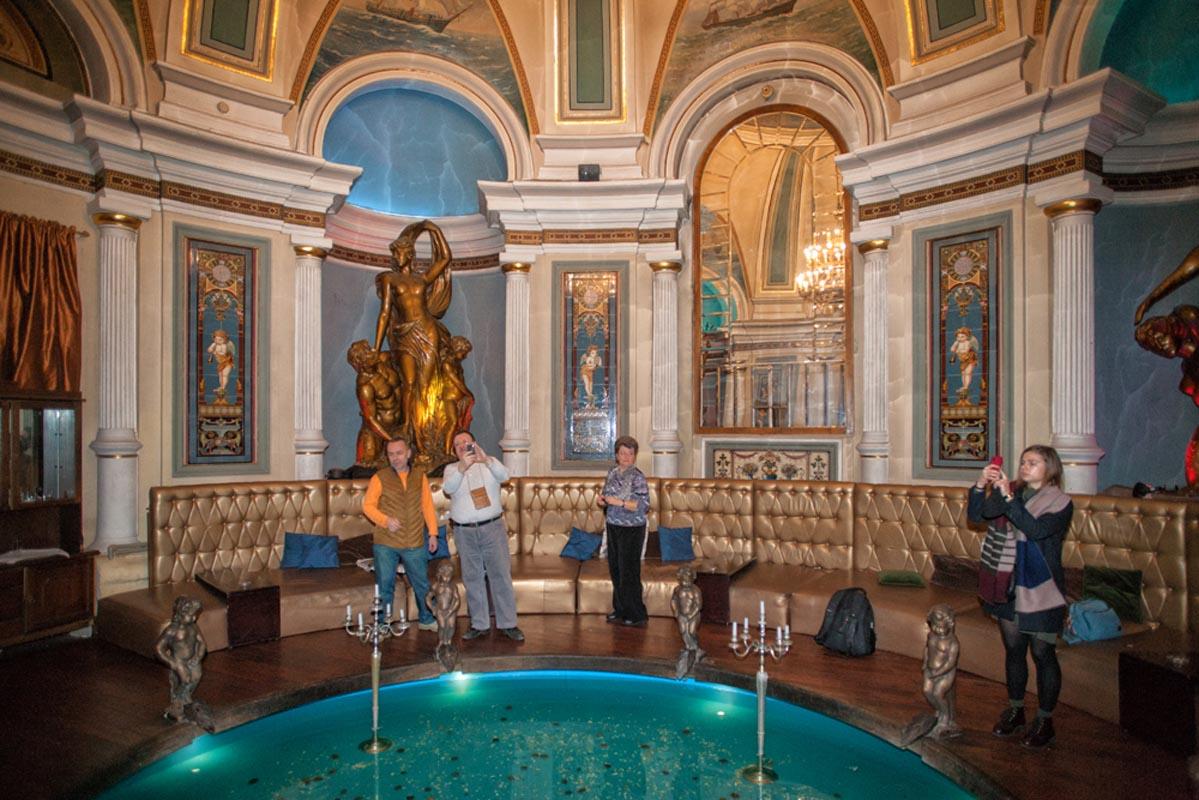 Экскурсии по Москве. В Хлудовских банях.