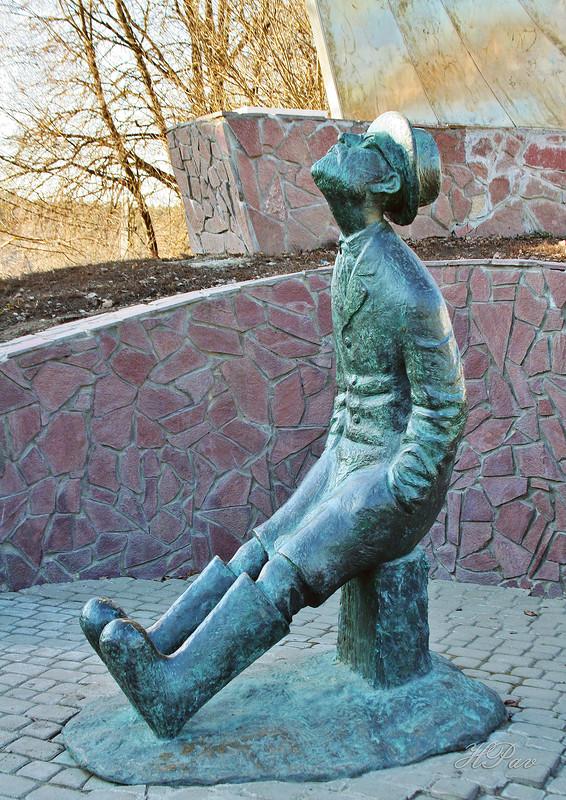 экскурсия по Боровску. Памятник Циолковскому