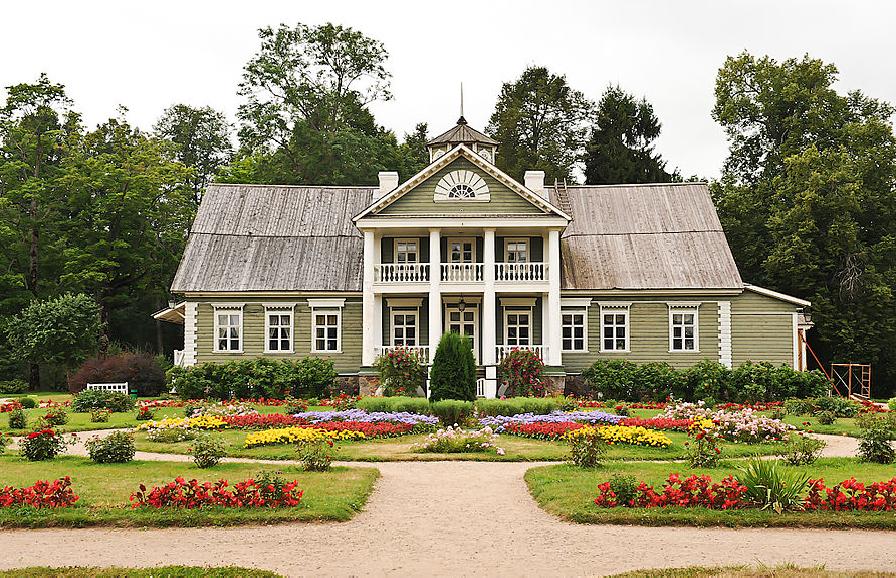 Дом двоюродного деда Пушкина
