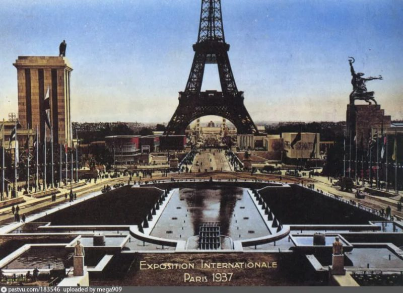 Павильон СССР и Германии на Всемирной Парижской выставке 1937 года