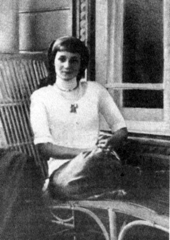 молодая Ахматова
