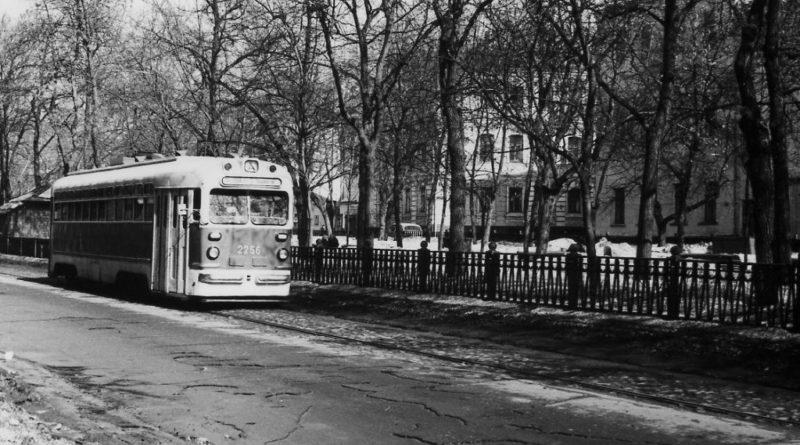 Гуляем по бульварам с Еленой Горшковой – Покровский бульвар, 5 мая