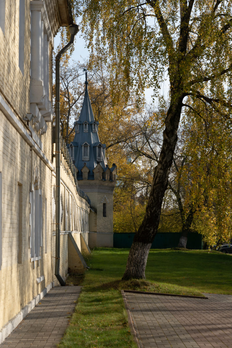 ограда Женского двора староверческого комплекса на Преображенке