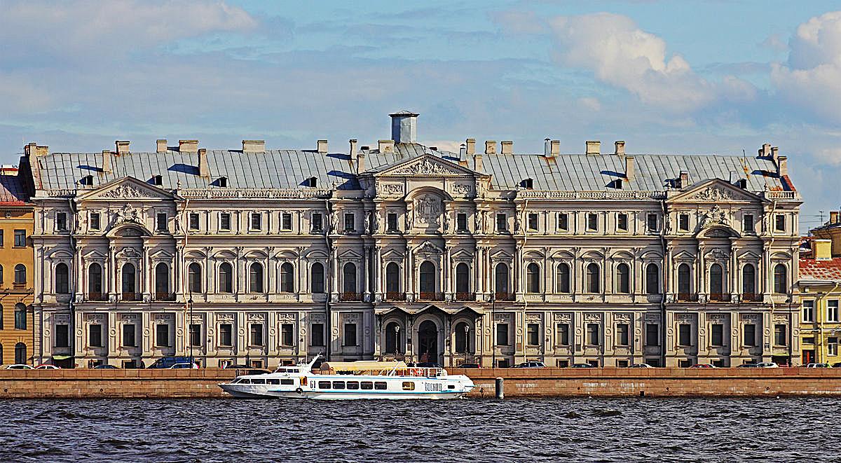 Новомихайловский дворец. Автор фото Автор: A.Savin
