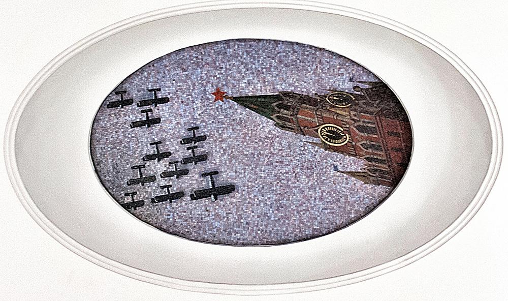 Над Спасской башней. Фото Ю.Звездкина