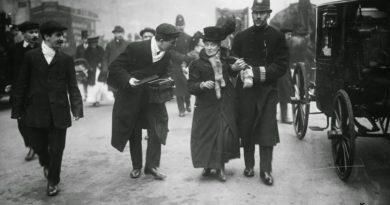 Настоящее 8 марта праздновали 23 февраля, или о настоящих мужчинах Кларе и Розе
