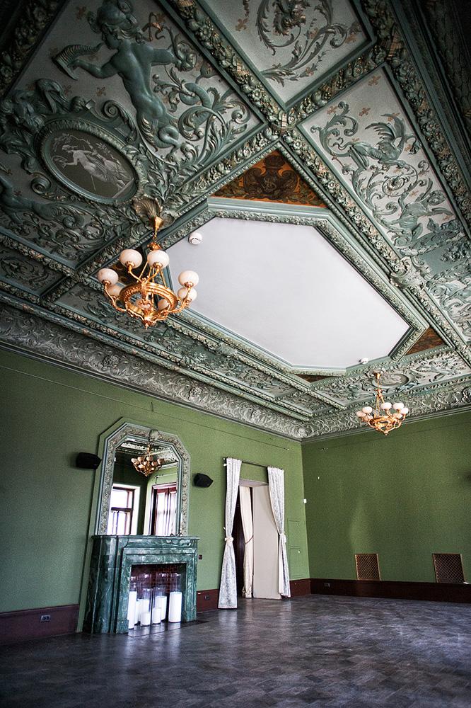 потолок итальянского зала особняк смирнова