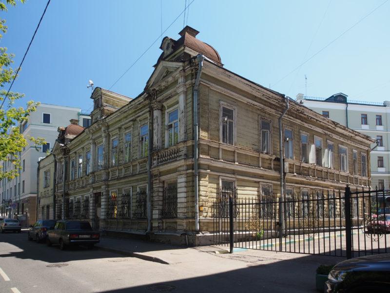 дом купца Крупенникова в Денисовском переулке